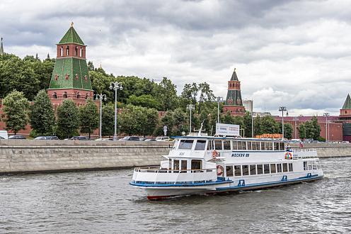 Гастрономический круиз по центру Москвы от парка